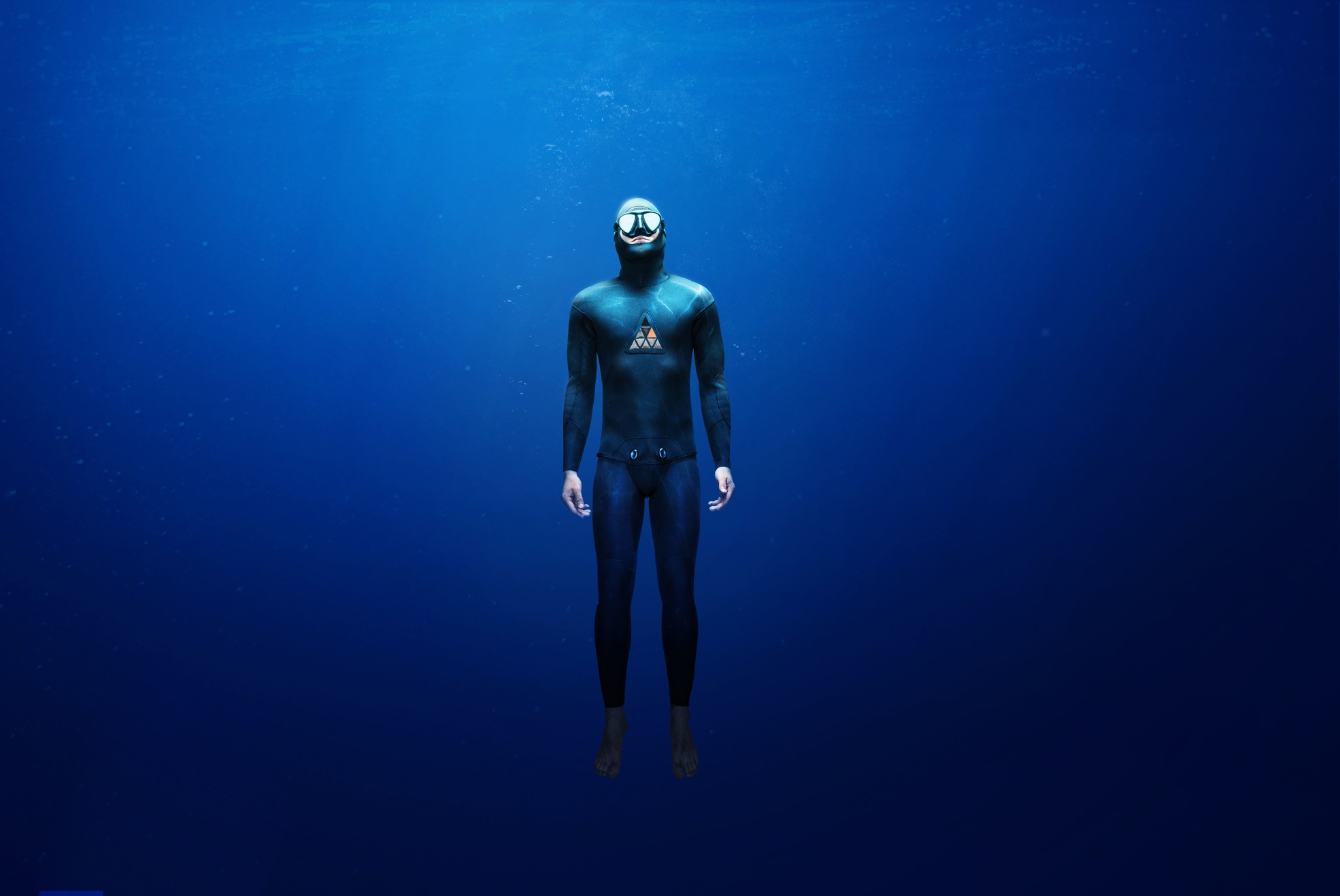 freediving wetsuit in open water
