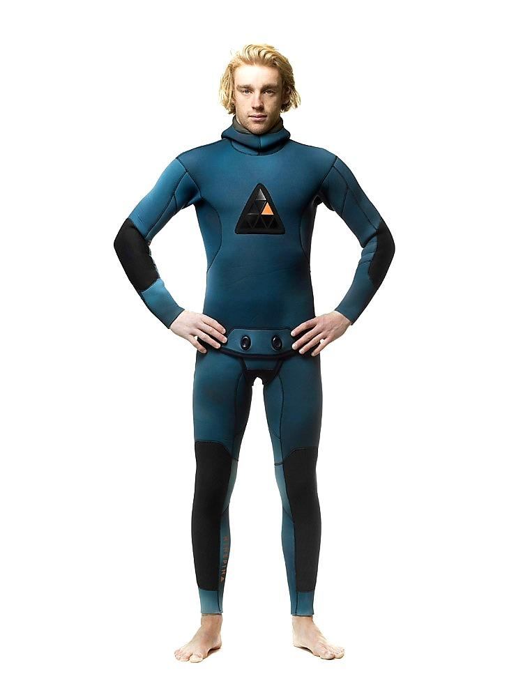 Ninepin Oceanum camo wetsuit